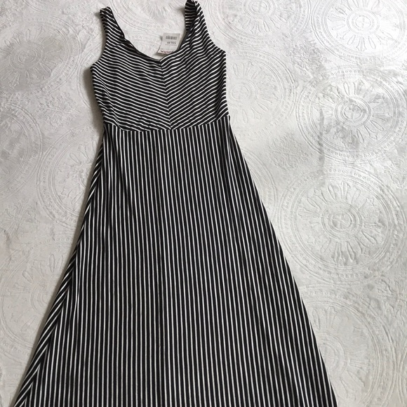 Rolla Coster Dresses & Skirts - Rolla Coster NWT blk/ white striped maxi dress L